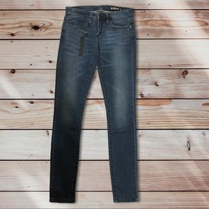Size 26 Blank NYC Skinny Classique Jean